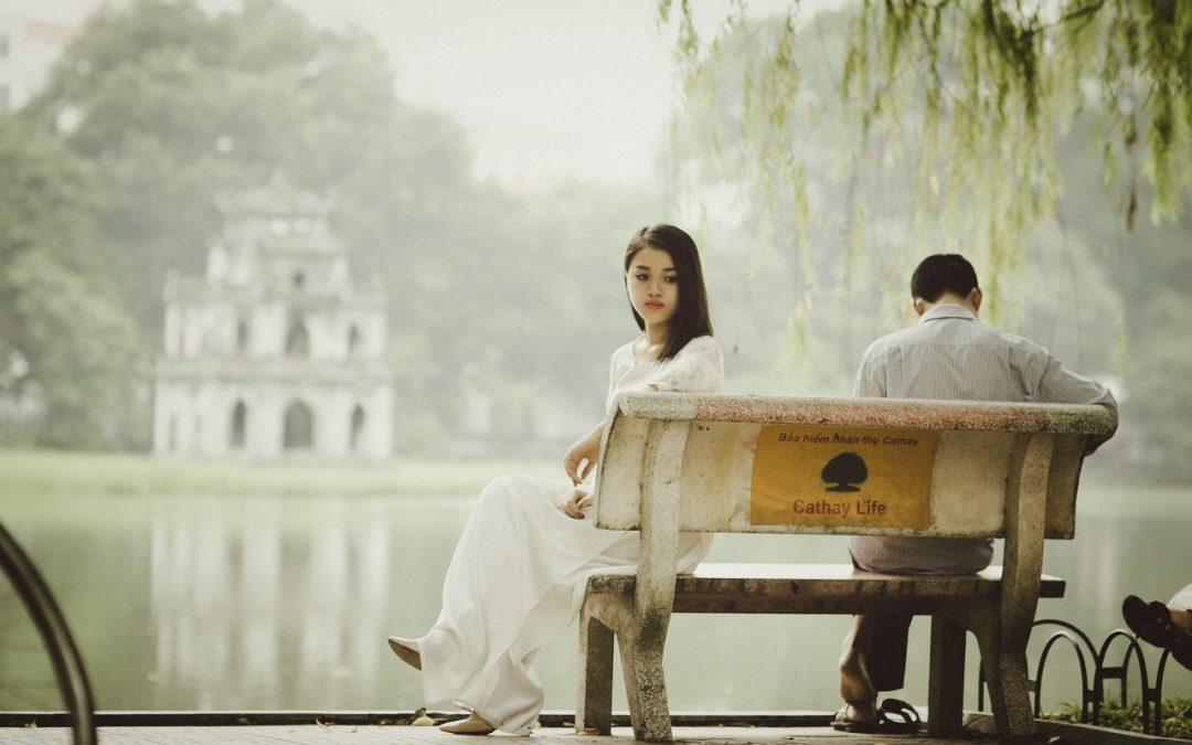 Boyfriend threatens to publish photographs on internet